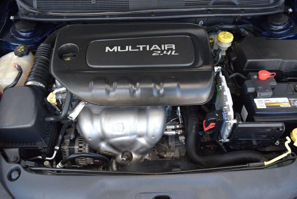 2015 Dodge Dart 4dr Sedan SXT - 18028262 - 26