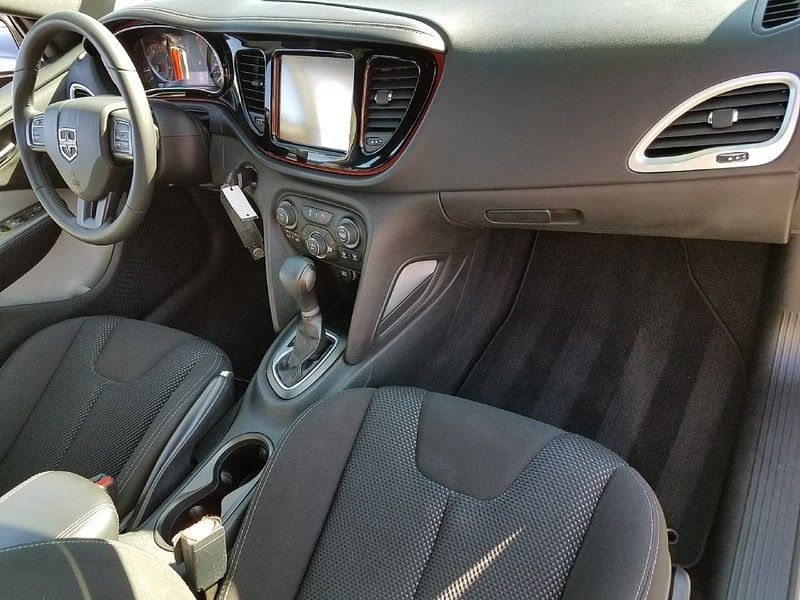 2015 Dodge Dart 4dr Sedan SXT - 17079788 - 14