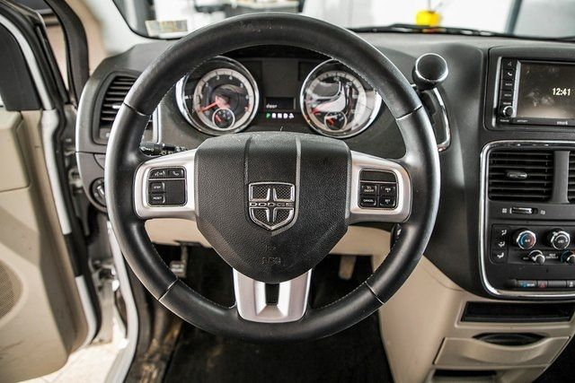 2015 Dodge Grand Caravan  - 18508569 - 16