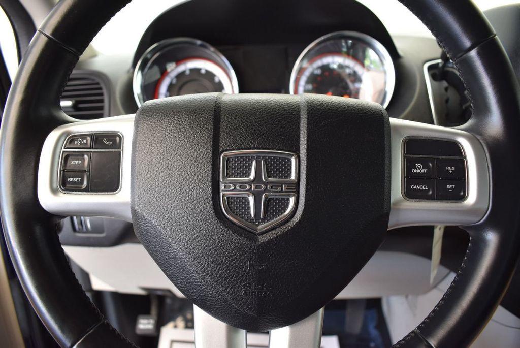 2015 Dodge Grand Caravan SE - 17875140 - 15