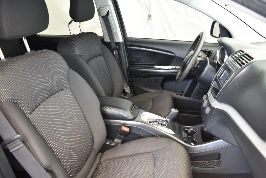 2015 Dodge Journey FWD 4dr SXT - 17899606 - 25