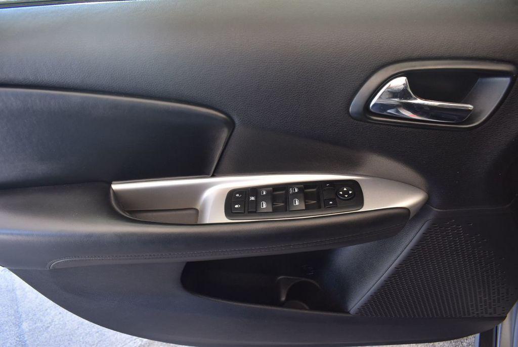 2015 Dodge Journey FWD 4dr SXT - 17970369 - 13