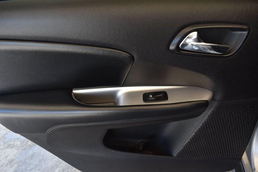 2015 Dodge Journey FWD 4dr SXT - 17970369 - 15
