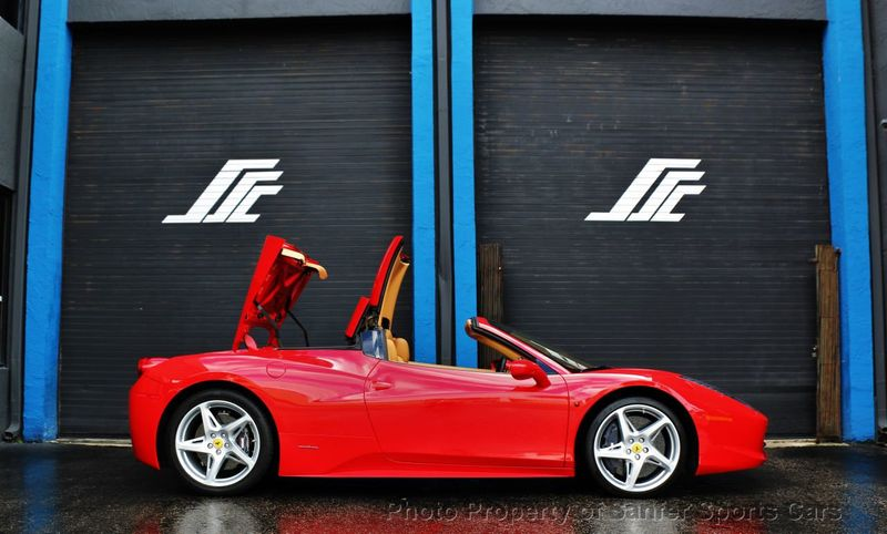2015 Ferrari 458 Italia 2dr Convertible - Click to see full-size photo viewer