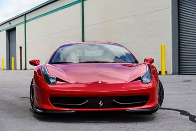 2015 Ferrari 458 Italia 2dr Coupe - Click to see full-size photo viewer