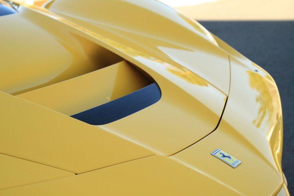 2015 Ferrari LaFerrari 2dr Coupe - 18365687 - 15
