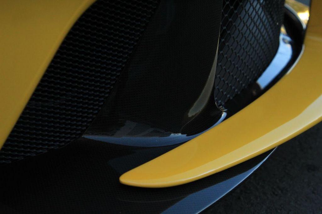 2015 Ferrari LaFerrari 2dr Coupe - 18365687 - 17