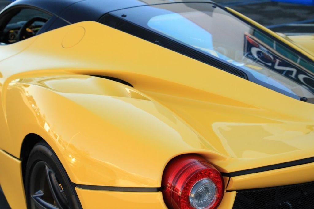 2015 Ferrari LaFerrari 2dr Coupe - 18365687 - 31