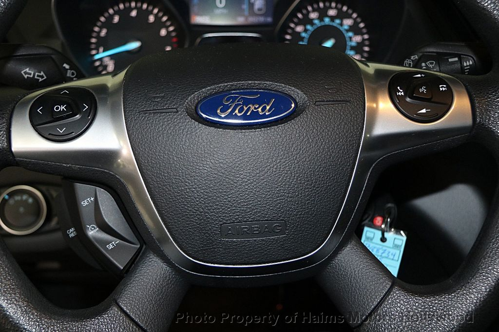 2015 Ford Escape FWD 4dr S - 15987747 - 23