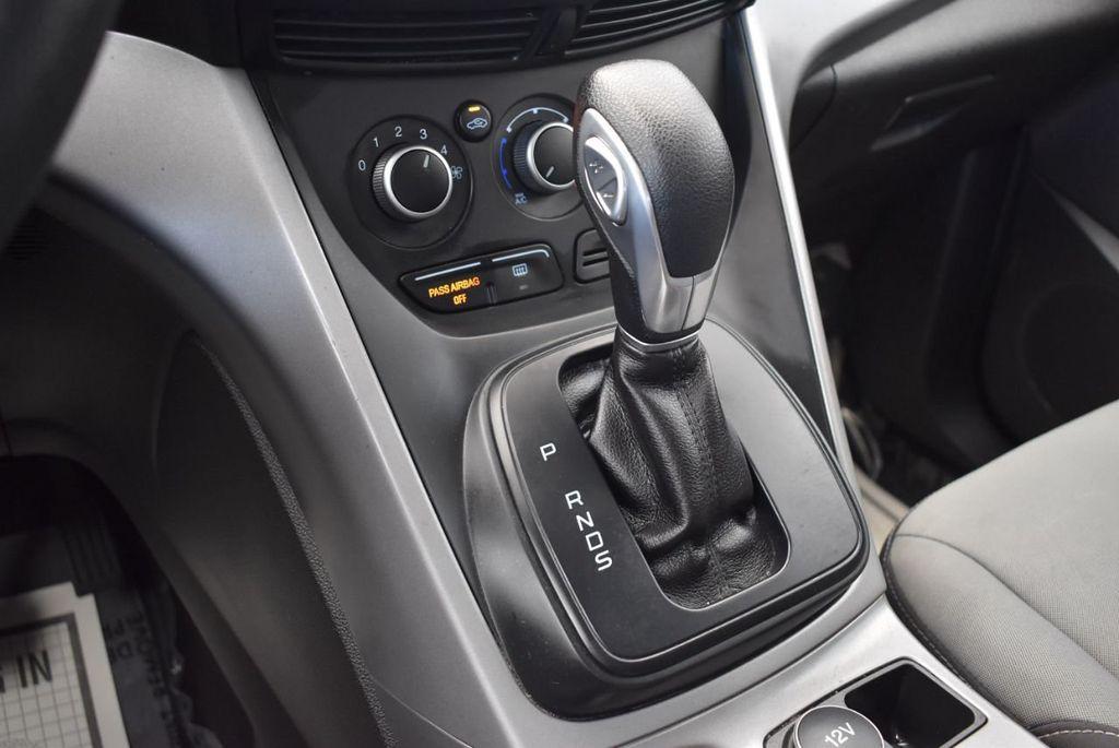 2015 Ford Escape FWD 4dr SE - 17924956 - 19