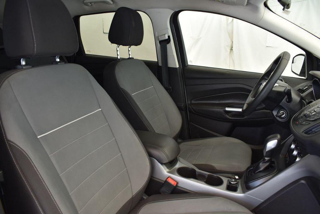 2015 Ford Escape FWD 4dr SE - 17924956 - 22