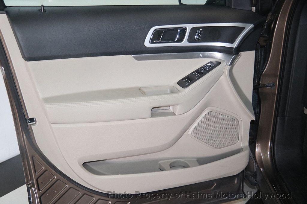 2015 Ford Explorer 4WD 4dr XLT - 17382062 - 9