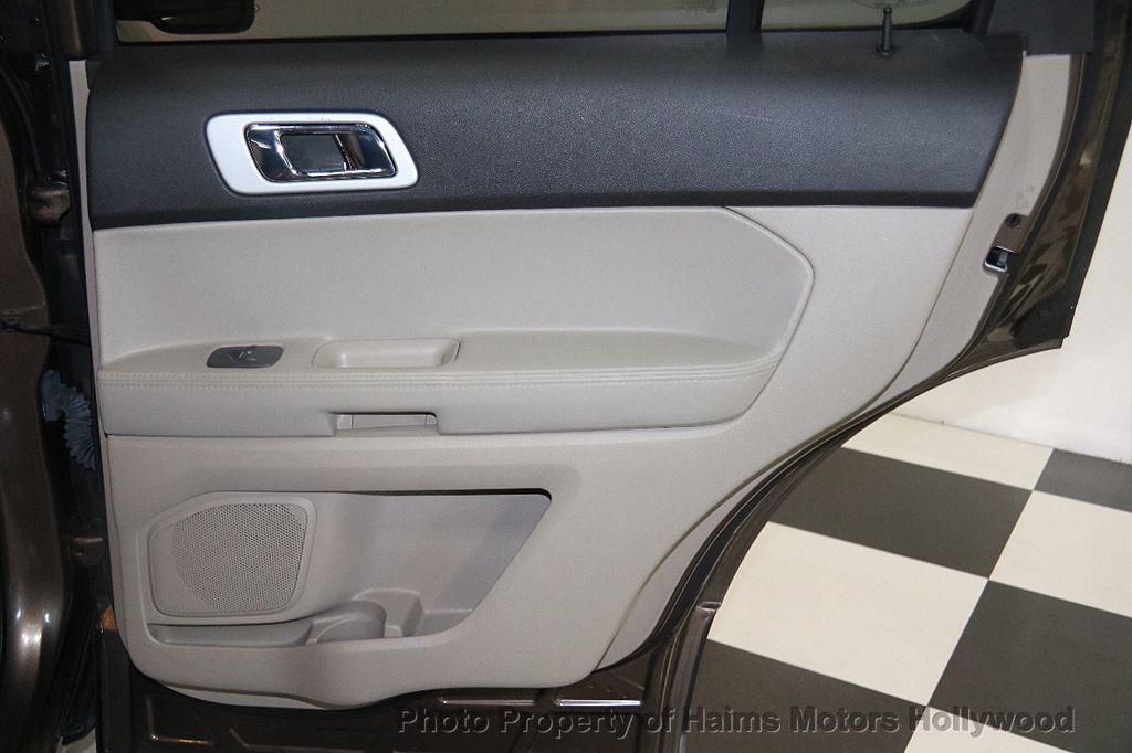 2015 Ford Explorer 4WD 4dr XLT - 17382062 - 11