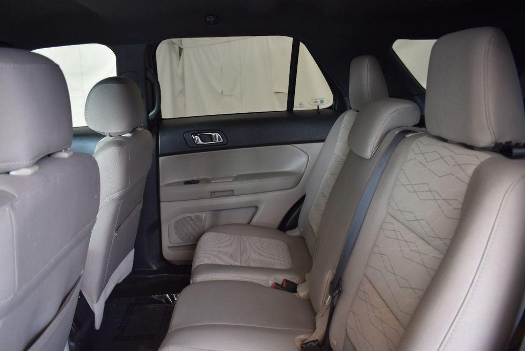 2015 Ford Explorer FWD 4dr - 17826146 - 13