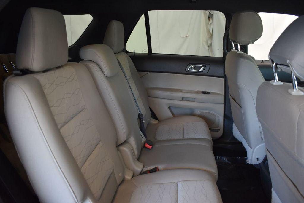 2015 Ford Explorer FWD 4dr - 18229241 - 23