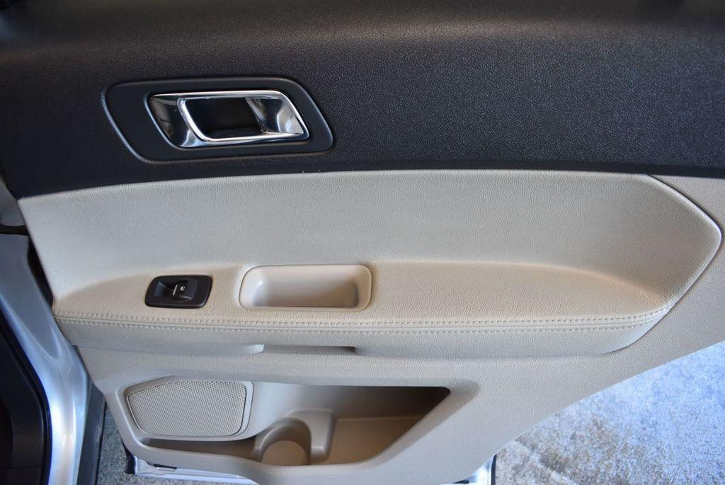 2015 Ford Explorer FWD 4dr - 18229241 - 25