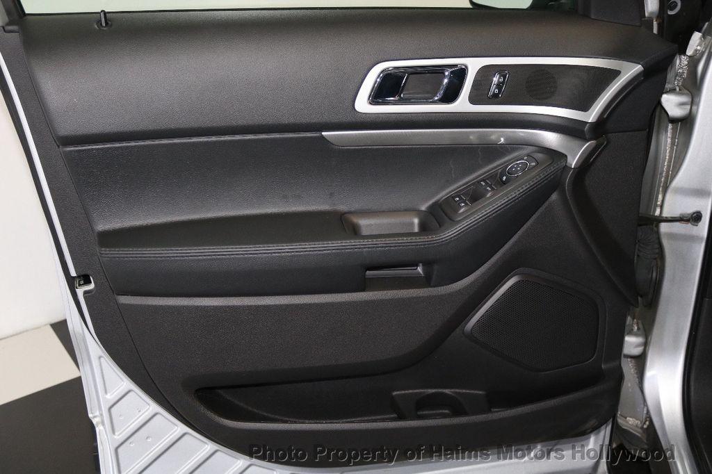 2015 Ford Explorer FWD 4dr XLT - 17517303 - 12