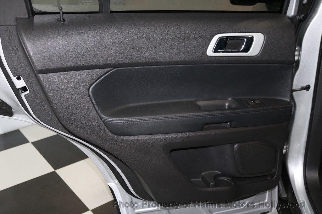 2015 Ford Explorer FWD 4dr XLT - 17517303 - 13