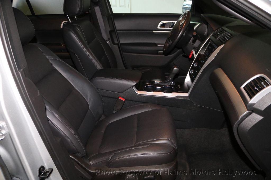 2015 Ford Explorer FWD 4dr XLT - 17517303 - 16