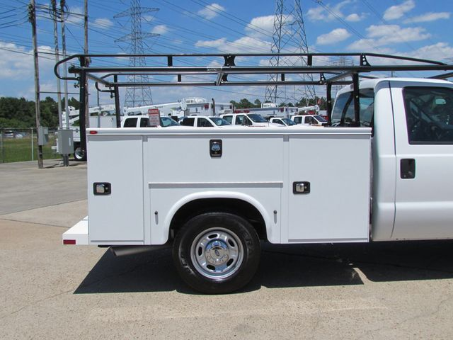 2015 Ford F250 Utility-Service 4x2 - 16116639 - 13