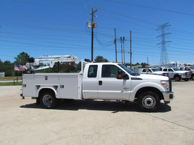 2015 Ford F350 Mechanics Service Truck 4x2 - 16062726 - 0