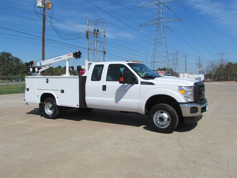 2015 Ford F350 Mechanics Service Truck 4x4 - 16714343 - 0