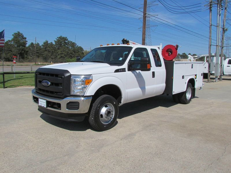 2015 Ford F350 Mechanics Service Truck 4x4 - 16714343 - 3