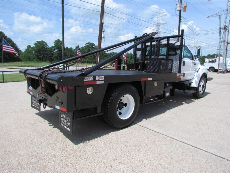 2015 Ford F650 Winch - Roustabout Truck - 17060573 - 17