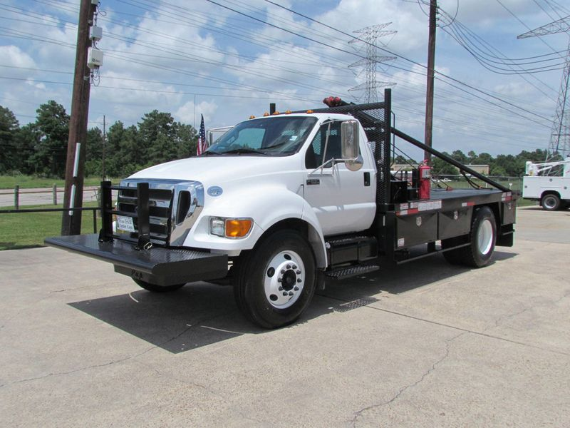 2015 Ford F650 Winch - Roustabout Truck - 17060573 - 4