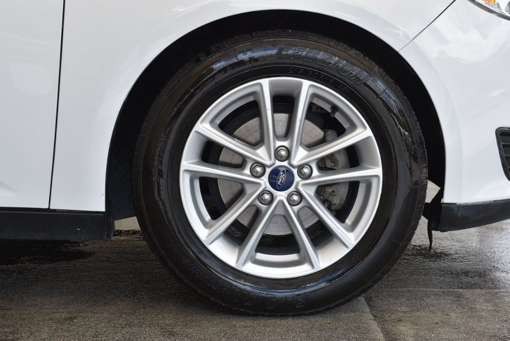 2015 Ford Focus 4dr Sedan SE - 17958519 - 8