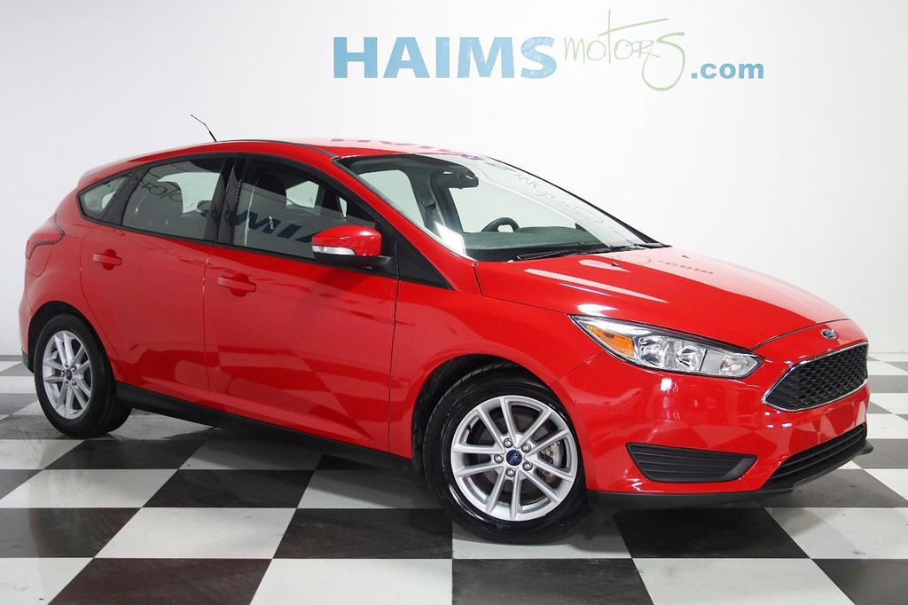 2015 Ford Focus 5dr Hatchback SE - 16104688 - 2