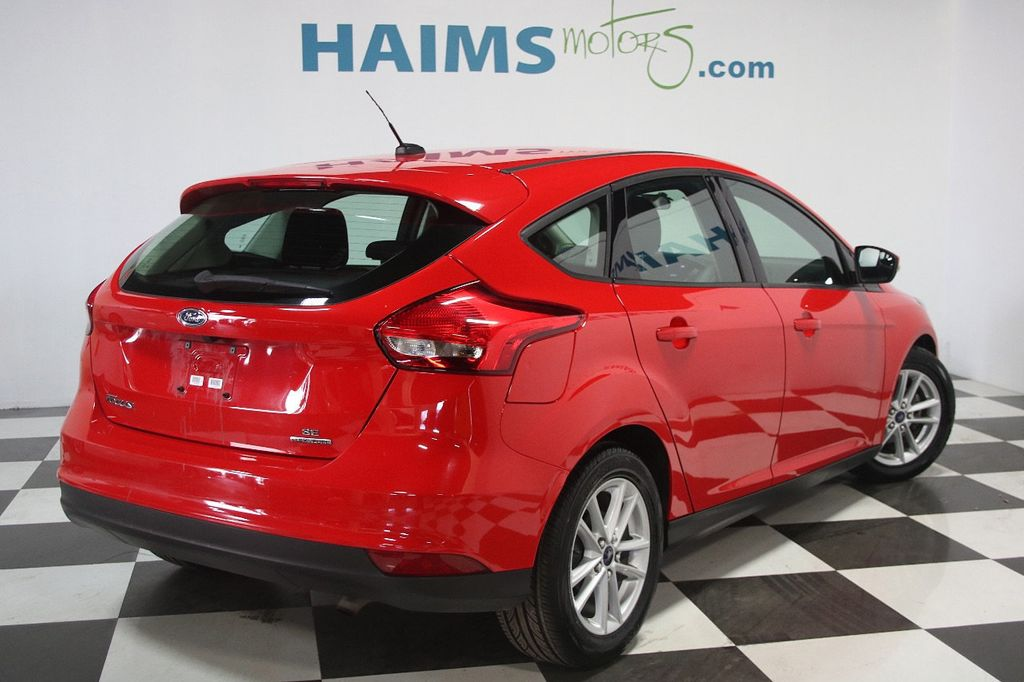 2015 Ford Focus 5dr Hatchback SE - 16104688 - 5