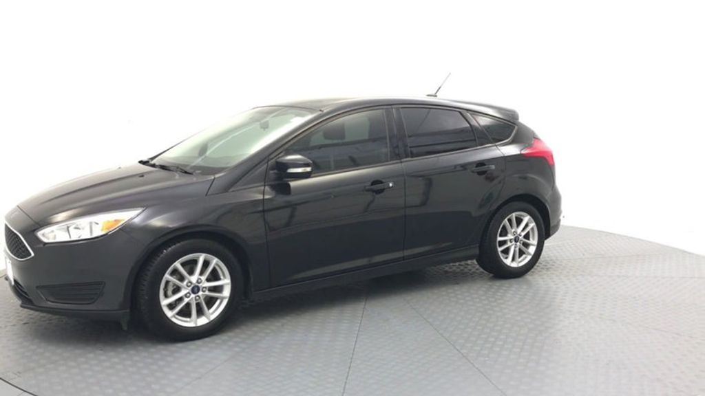 2015 Ford Focus 5dr Hatchback SE - 17999969 - 3