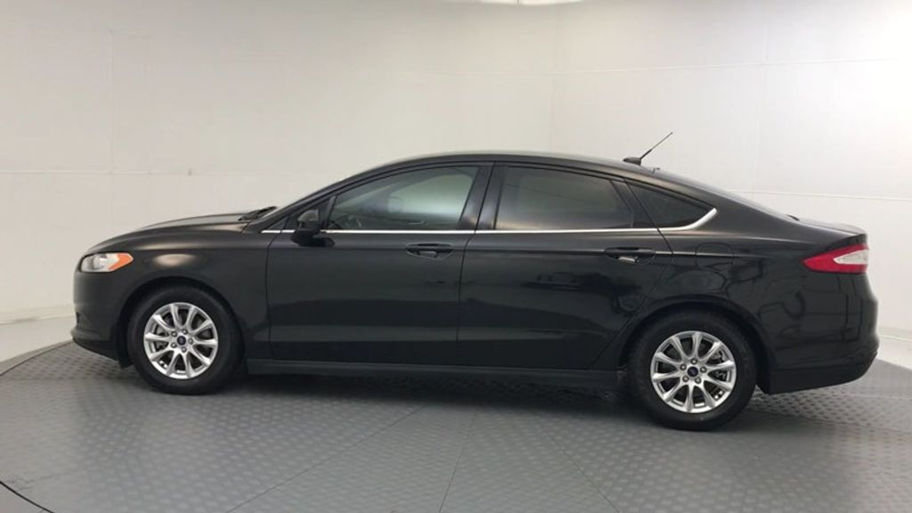 2015 Ford Fusion 4dr Sedan S FWD - 17647076 - 4