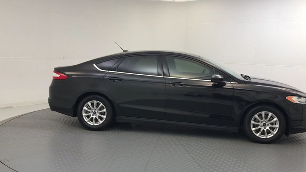 2015 Ford Fusion 4dr Sedan S FWD - 17647076 - 8