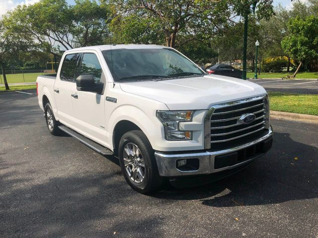 "2015 Ford F-150 2WD SuperCrew 145"" XLT - Click to see full-size photo viewer"
