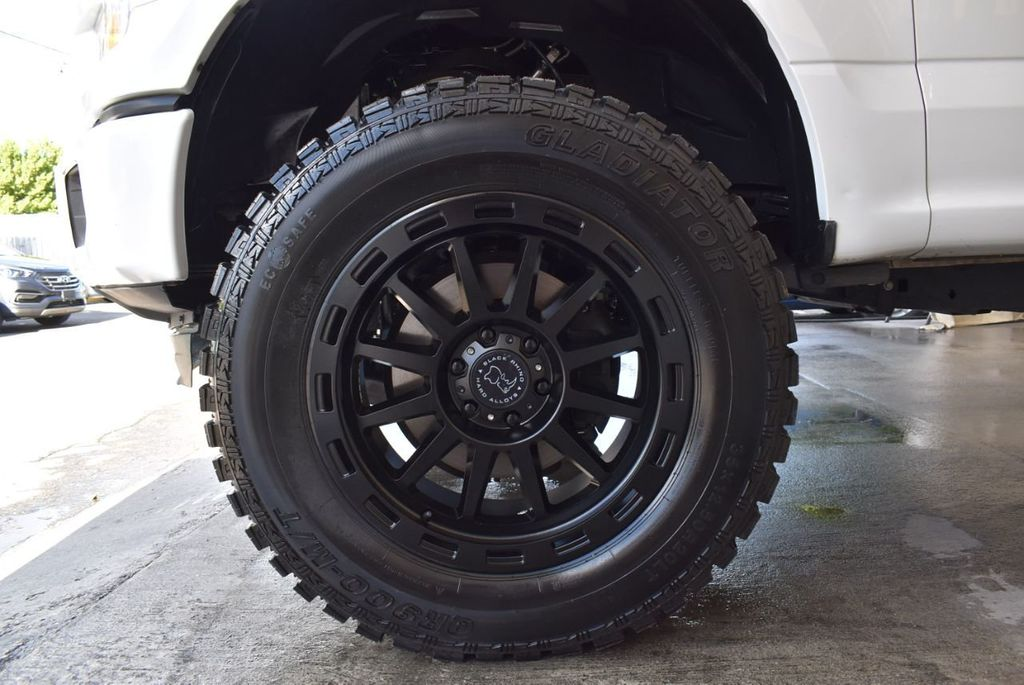 "2015 Ford F-150 5"" Rough Country Lift Kit with 20"" Custom Rims & Tires - 18056341 - 9"