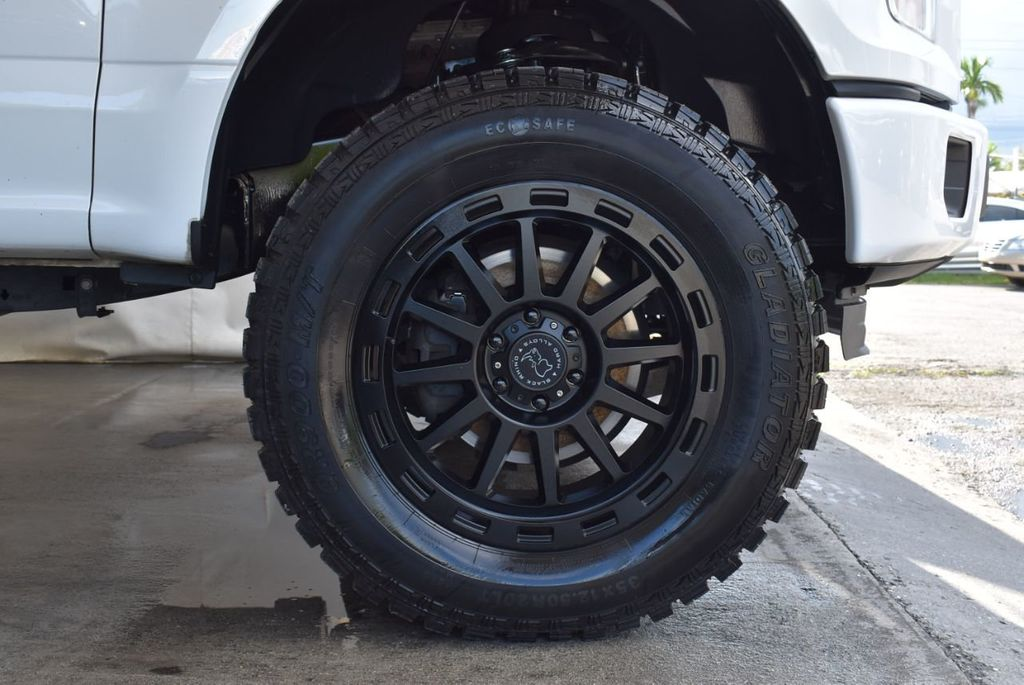 "2015 Ford F-150 5"" Rough Country Lift Kit with 20"" Custom Rims & Tires - 18056341 - 6"