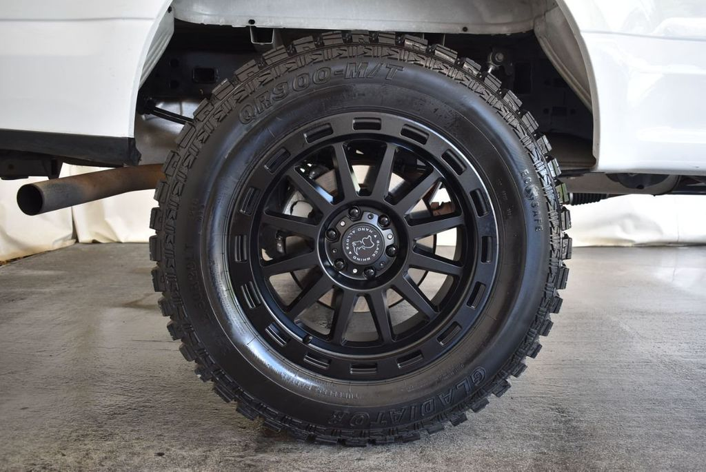 "2015 Ford F-150 5"" Rough Country Lift Kit with 20"" Custom Rims & Tires - 18056341 - 7"