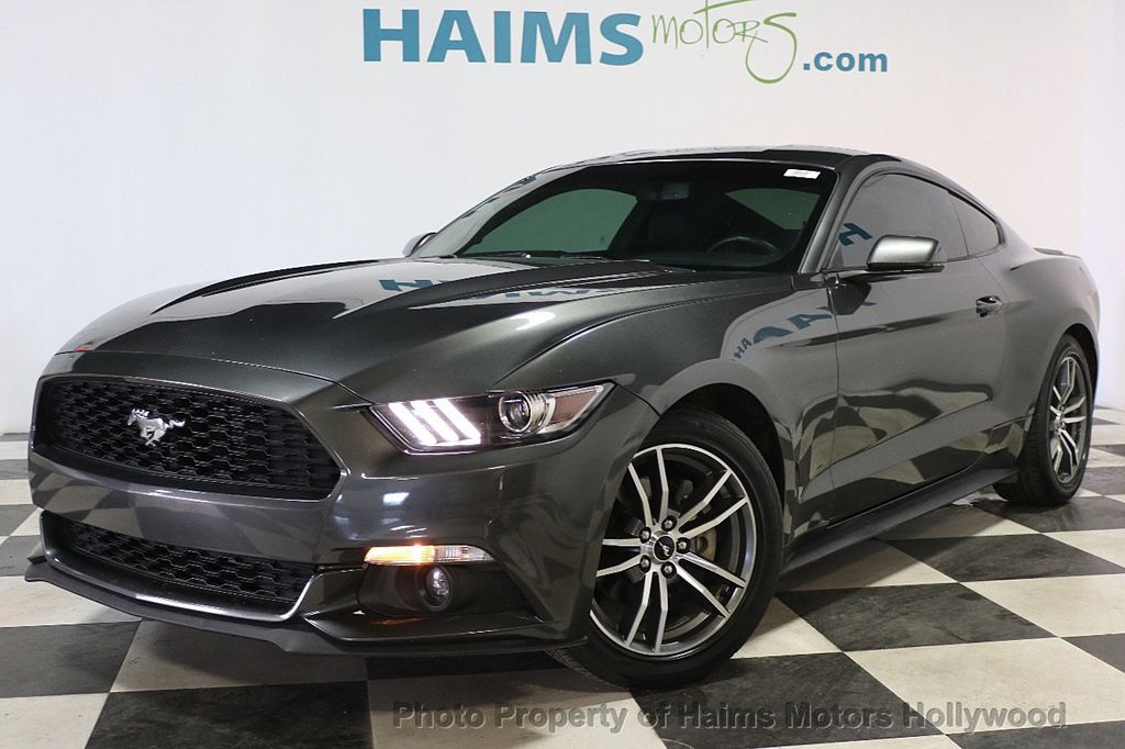 2015 Ford Mustang 2dr Fastback EcoBoost - 17995963 - 1