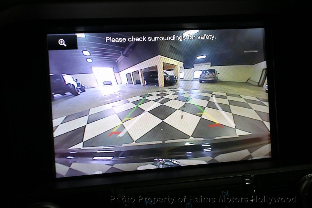 2015 Ford Mustang 2dr Fastback EcoBoost - 17995963 - 24