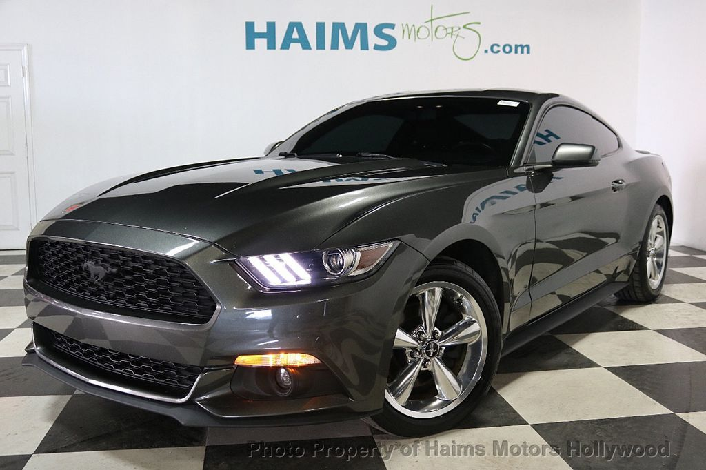 2015 Ford Mustang 2dr Fastback EcoBoost - 18164127 - 1