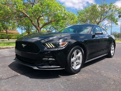 2015 Ford Mustang 2dr Fastback EcoBoost Coupe