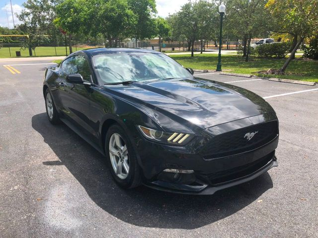 2015 Ford Mustang 2dr Fastback EcoBoost - Click to see full-size photo viewer