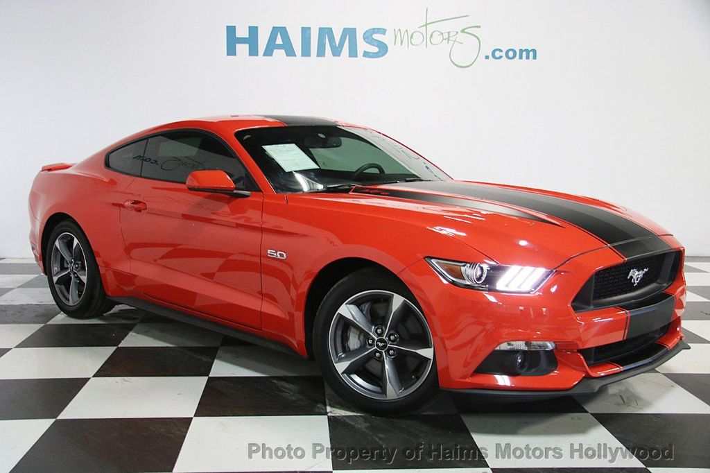 2015 Ford Mustang 2dr Fastback GT - 17069833 - 3