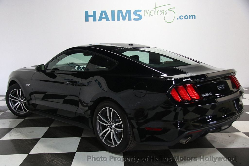 2015 Ford Mustang 2dr Fastback GT Premium - 16997592 - 4