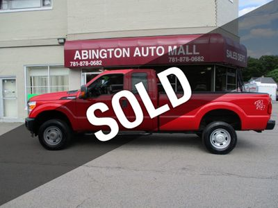 2015 Ford Super Duty F-250 SRW 2014 Ford F-250 4X4 Extra Cab with 8ft bed only 93k... Truck