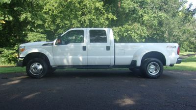 "2015 Ford Super Duty F-350 DRW 4WD Crew Cab 172"" XL Truck"