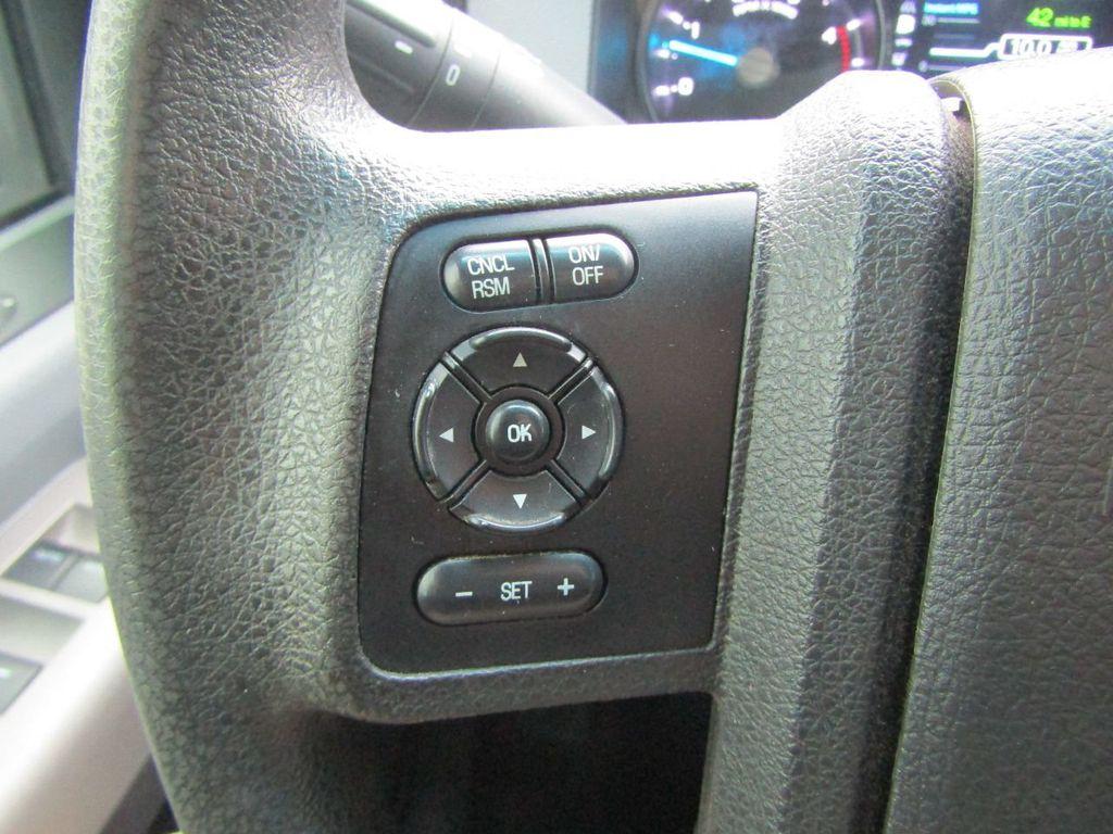 """2015 Ford Super Duty F-350 SRW 4WD Crew Cab 156"""" XLT - 17465295 - 13"""