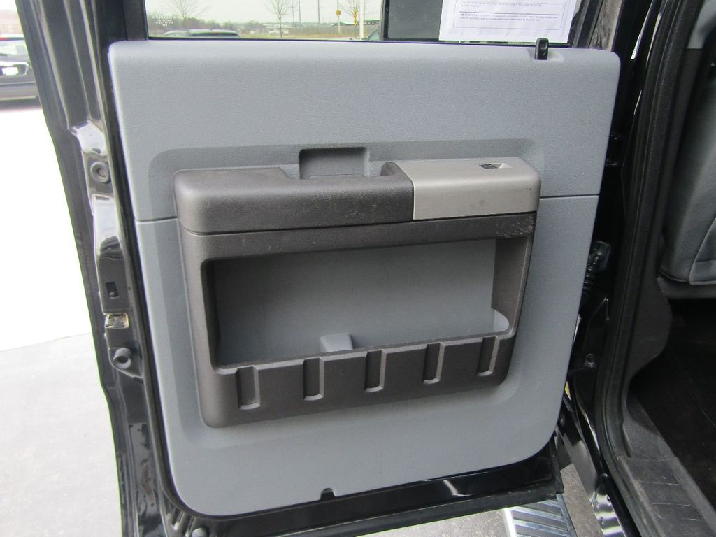 """2015 Ford Super Duty F-350 SRW 4WD Crew Cab 156"""" XLT - 17465295 - 30"""